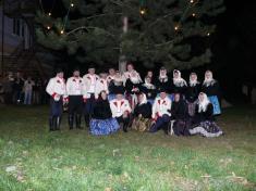 Rozsvěcování vánočního stromu vobci